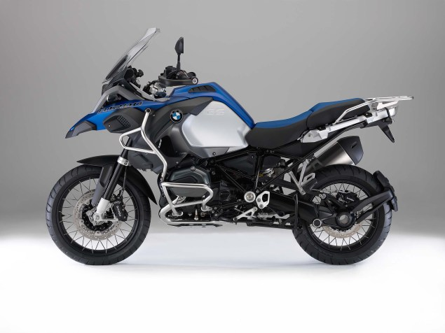 The 2014 BMW R1200GS Adventure is Finally Here 2014 BMW R1200GS Adventure studio 02 635x476