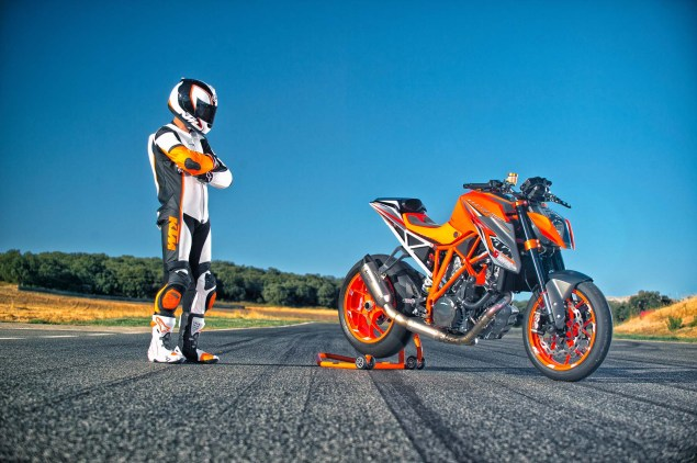 Video: The Genesis of the KTM 1290 Super Duke R 2014 KTM 1290 Super Duke R 07 635x422