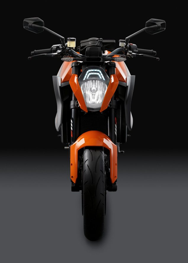 38 Hi Res Photos of the KTM 1290 Super Duke R 2014 KTM 1290 Super Duke R 21 635x889