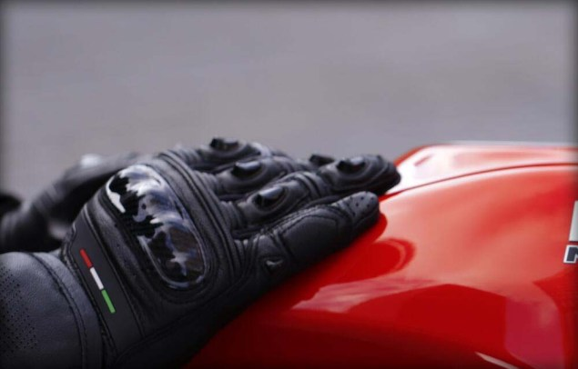 Ducati-Monster-EICMA-teaser-03