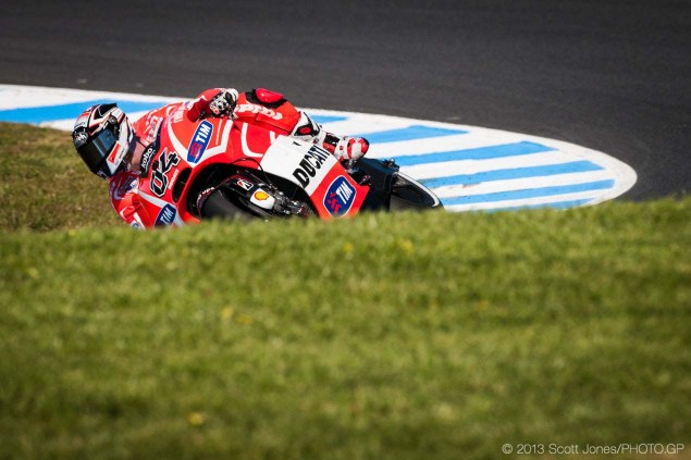 Friday at Phillip Island with Scott Jones Friday Phillip Island MotoGP 2013 Scott Jones 02 635x423
