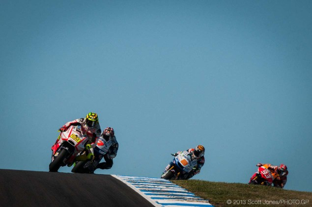 Friday at Phillip Island with Scott Jones Friday Phillip Island MotoGP 2013 Scott Jones 03 635x423