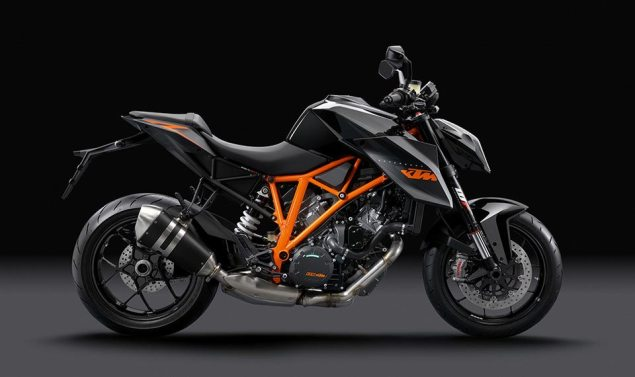 Video: Developing the KTM Super Duke 1290 R KTM Super Duke 1290 R Black