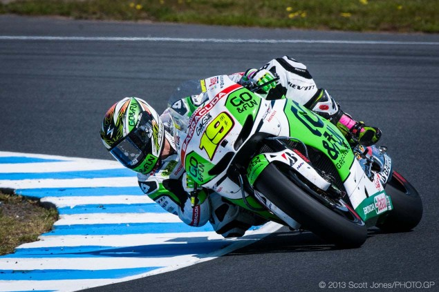 Saturday at Phillip Island with Scott Jones Saturday Phillip Island MotoGP 2013 Scott Jones 07 635x423