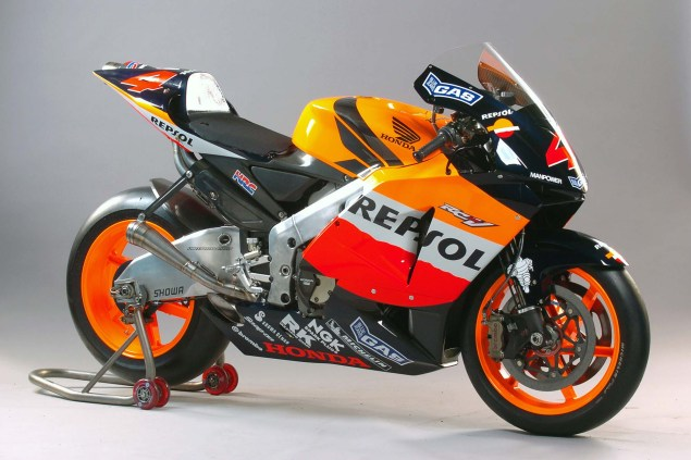 The Lineage of Hondas Grand Prix Motorcycles 2004 Honda RC211V Alex Barros 635x423