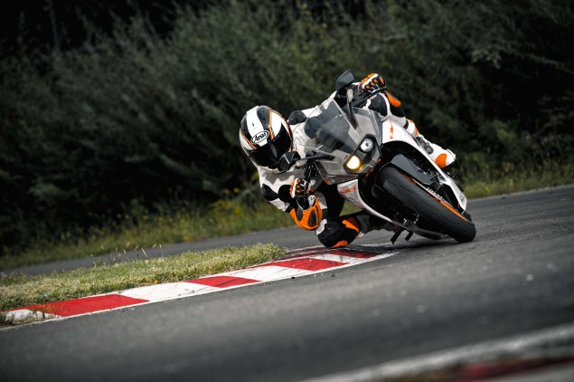 Officially Official: 2014 KTM RC390 2014 KTM RC390 15 635x422
