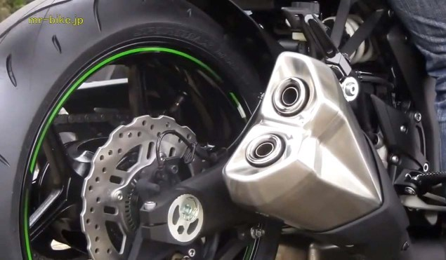 More Photos and Video of the 2014 Kawasaki Z1000 2014 Kawasaki Z1000 video leak 04 635x371
