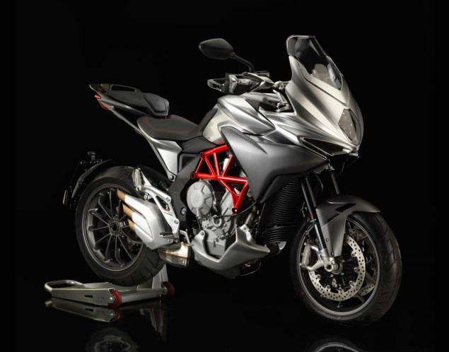 MV Agusta Turismo Veloce 800   Stylish Sport Touring 2104 MV Agusta Turismo Veloce 800 01 635x498