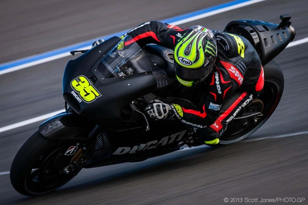 Photos: Cal Crutchlows First Day on the Ducati Desmosedici Cal Crutchlow MotoGP Ducati Corse Valencia Test Scott Jones 02 635x423