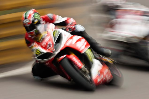 Milwaukee Yamaha Strikes Deal with Isle of Man TT   Ian Hutchinson & Josh Brookes Confirmed to Race Ian Hutchinson Macau GP Qualifying CGPM 635x423
