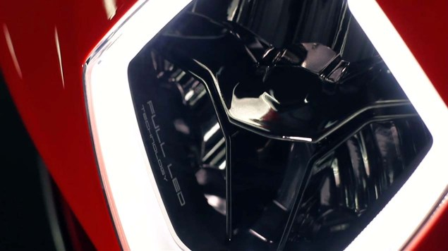 First Photos & Video of the MV Agusta Turismo Veloce 800 MV Agusta Turismo Veloce 800 teaser 16 635x356