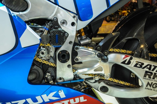 Up Close with the Suzuki XRH 1 MotoGP Race Bike Suzuki MotoGP race bike EICMA 12 635x421