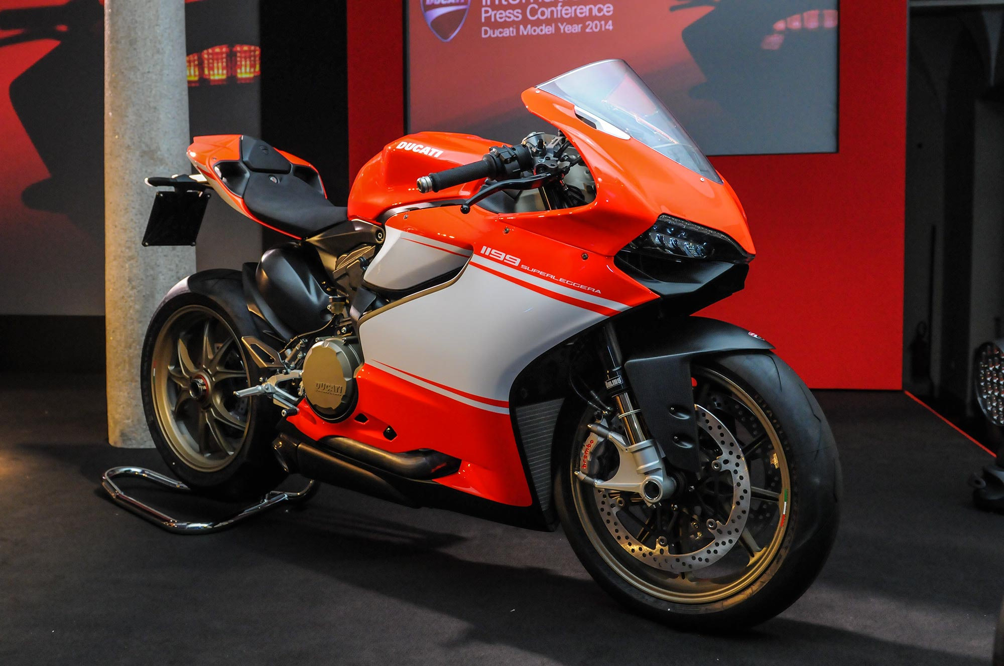 Ducati Red Spray Paint