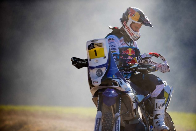 Photos: Cyril Despres & His Yamaha YZ450F Rally Race Bike Cyril Despres Yamaha YZ450F Rally action 07 635x423