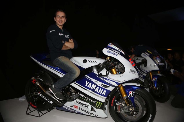 The 2014 Yamaha YZR M1 Breaks Cover in Indonesia 2014 Yamaha YZR M1 Livery 20 635x423