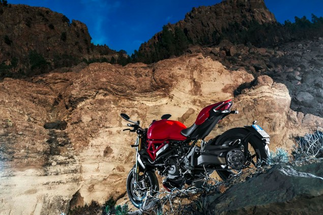 2014-Ducati-Monster-1200-still-12
