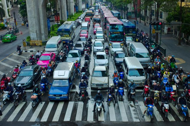 New South Wales Legalizes Motorcycling Filtering motorcycle lane splitting bangkok thailand 635x422