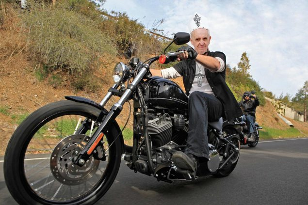Popes Harley Davidson Fetches $329,000 at Auction pope harley davidson auction 635x423