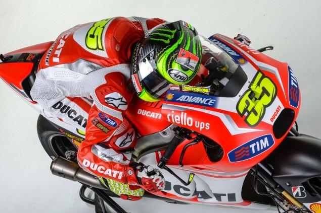 2014-Ducati-Corse-MotoGP-Cal-Crutchlow-05