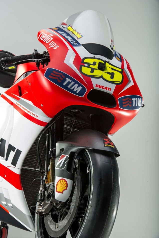 2014 Ducati Desmosedici GP14 Debuts in Germany 2014 Ducati Desmosedici GP14 27 635x951