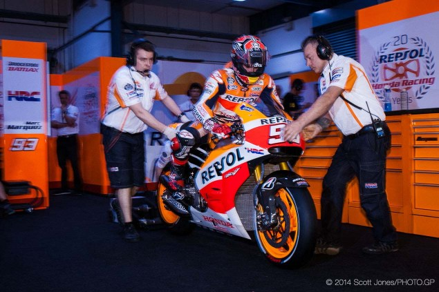 Thursday at Qatar with Scott Jones 2014 MotoGP Thursday Qatar Scott Jones 03 635x423