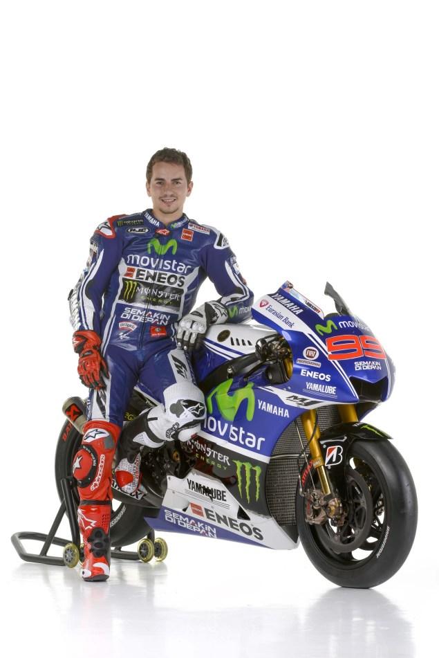 2014-Movistar-Yamaha-MotoGP-livery-09