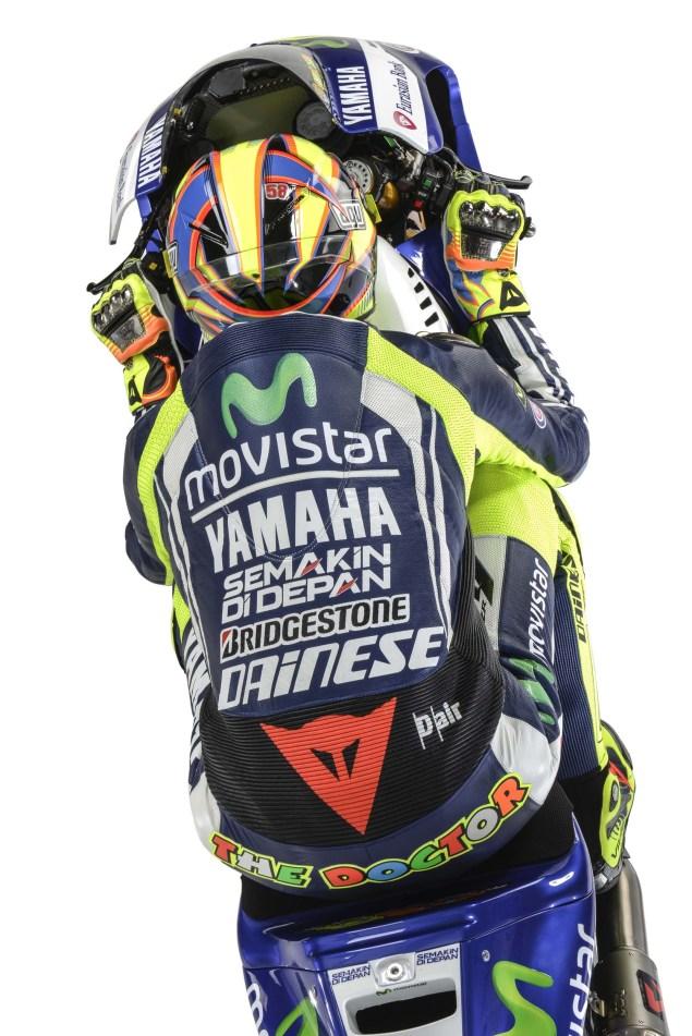 2014-Movistar-Yamaha-MotoGP-livery-29