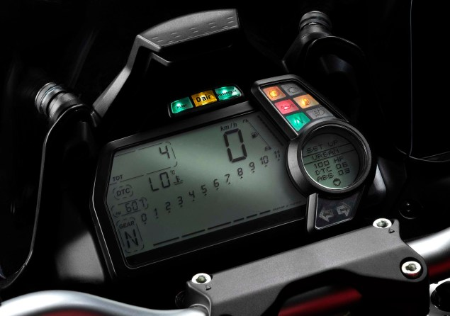 Ducati Announces Multistrada D Air Model with Integrated Wireless Airbag Capabilities from Dainese Ducati Multistrada D Air Dainese Airbag 03 635x446