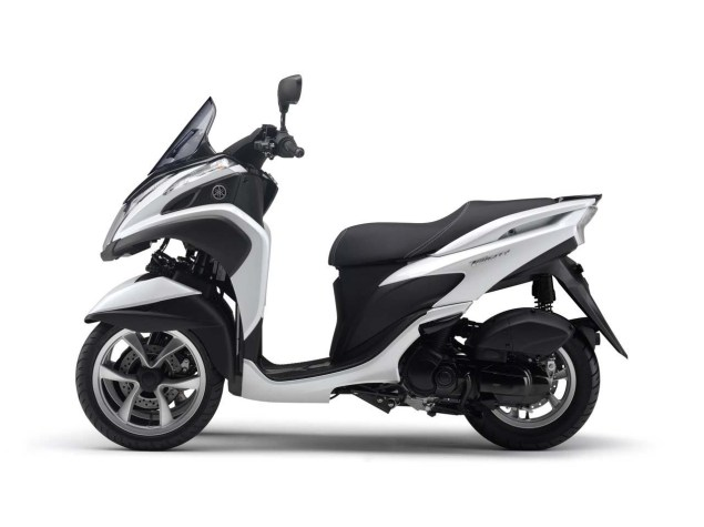 Yamaha Tricity   A Three Wheel Leaning Scooter with CVT Yamaha Tricity LMW scooter 02 635x475