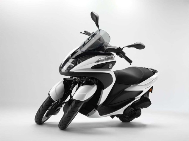 Yamaha Tricity   A Three Wheel Leaning Scooter with CVT Yamaha Tricity LMW scooter 11 635x475
