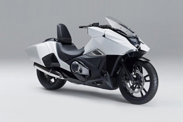2014 Honda NM4 Vultus Debuts in Japan honda nm4 2 concept 635x425