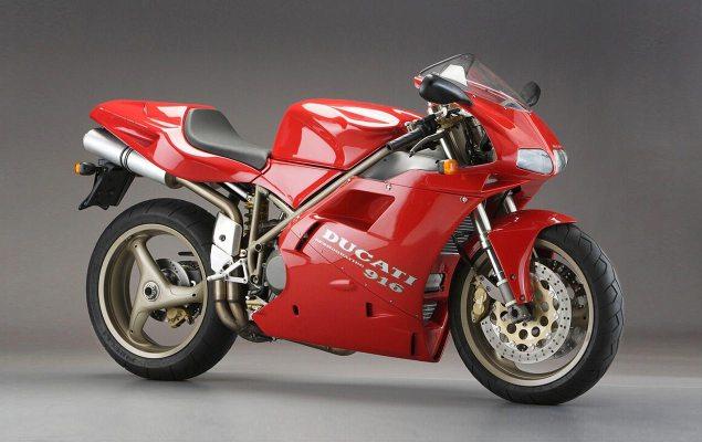 Ducati-916-Superbike