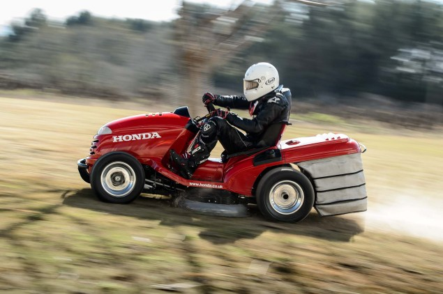 Honda Breaks World Record for Fastest Lawn Mower Honda HF2620 Mean Mower lawnmower land speed record 05 635x422