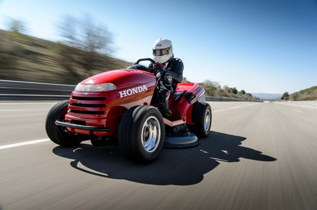 Honda Breaks World Record for Fastest Lawn Mower Honda HF2620 Mean Mower lawnmower land speed record 10 635x422
