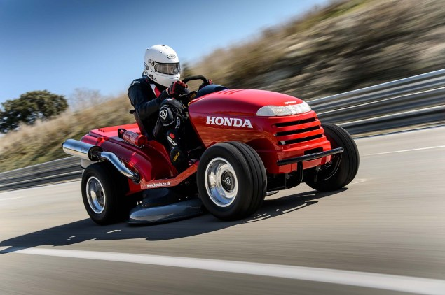 Honda Breaks World Record for Fastest Lawn Mower Honda HF2620 Mean Mower lawnmower land speed record 12 635x422