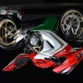 MV-Agusta-F3-800-Ago-Giacomo-Agostini-upside-down