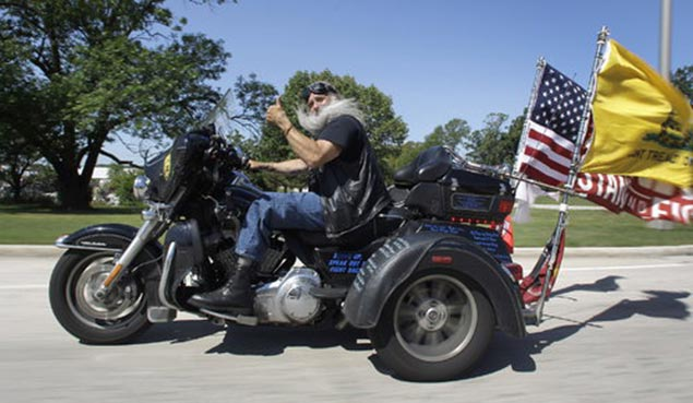 Freedom Files: Harley Davidson Denies Riders Warranty Claim Because of Flags Mounted to His Motorcycle dave zien harley davidson flags warranty