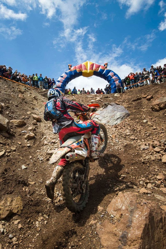 Watch Jonny Walker Win the 2014 Erzbergrodeo 2014 Erzbergrodeo Red Bull Hare Scramble 63 635x952