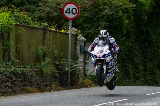 IOMTT: Ballaugh Bridge & Ballacrye with Tony Goldsmith 2014 Isle of Man TT Ballacrye Tony Goldsmith 05 635x422