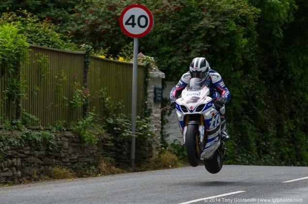 IOMTT: Ballaugh Bridge & Ballacrye with Tony Goldsmith 2014 Isle of Man TT Ballacrye Tony Goldsmith 05 635x422