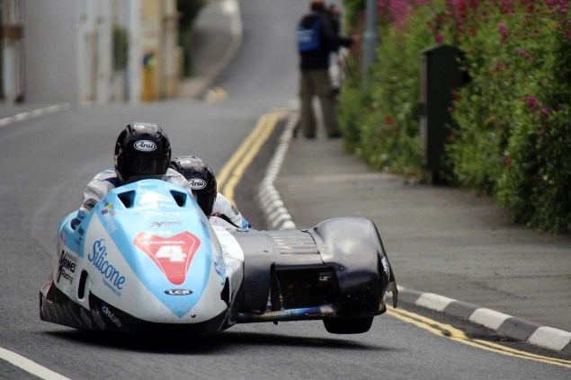 2014-Isle-of-Man-TT-Kirck-Michael-Richard-Mushet-05