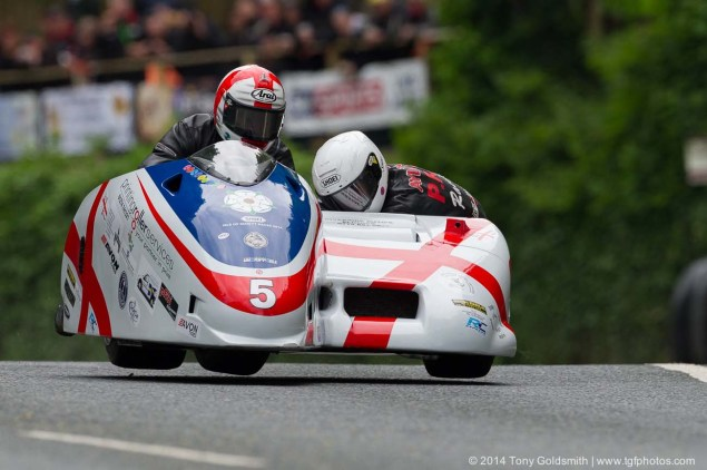 ACU Announces Changes to Isle of Man TT Sidecar Regs   Supersport Rules, Three Cylidner Engines Now Allowed 2014 Isle of Man TT Union Mills Tony Goldsmith 02 635x422