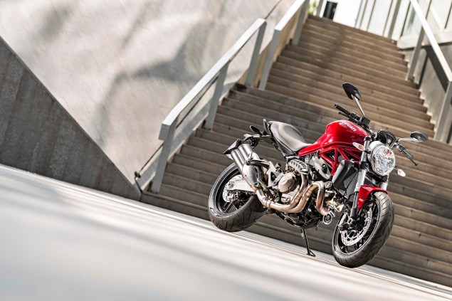 2015 Ducati Monster 821 Mega Gallery 2015 Ducati Monster 821 36 635x423