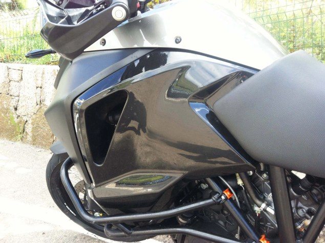 2015-KTM-1190-Adventure-03