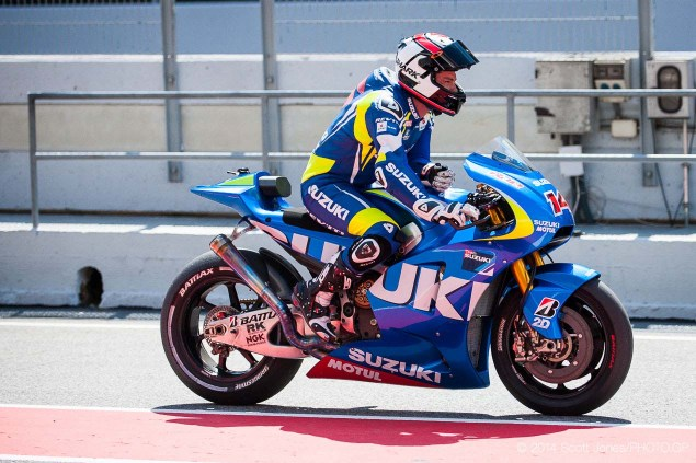 Photos of the Suzuki XRH 1 Testing at Catalunya Suzuki XRH 1 Catalunya Test MotoGP Scott Jones 10 635x423
