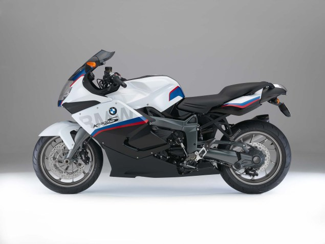 2015 BMW K1300S Motorsport   A Swan Song? 2015 BMW K1300S 01 635x476