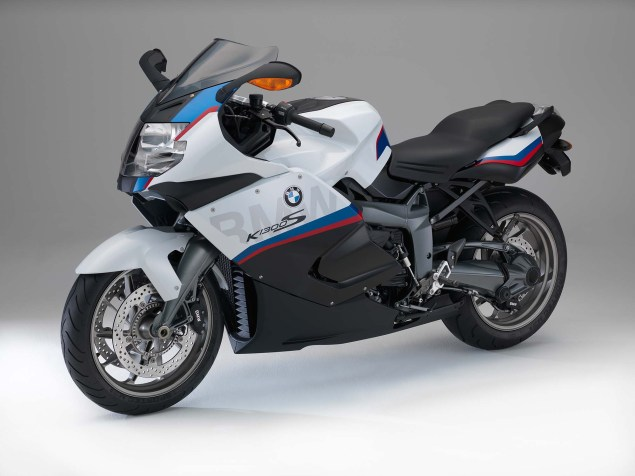 2015 BMW K1300S Motorsport   A Swan Song? 2015 BMW K1300S 02 635x476