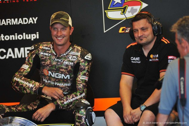 Photos of Colin Edwards Camouflage Leathers at Indy colin edwards 2014 indianapolis gp camouflage leathers daniel lo 02 635x423