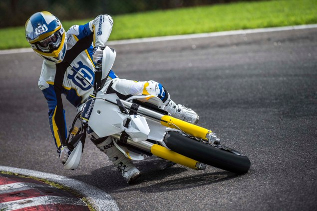 2015 Husqvarna FS 450   Husky Returns to Supermoto 2015 Husqvarna FS 450 action 04 635x422