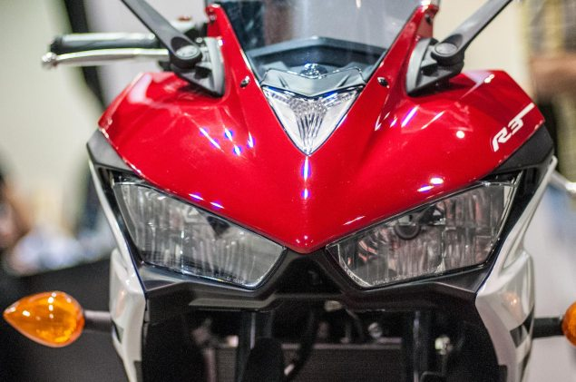 Up Close with the Yamaha YZF R3 2015 Yamaha YZF R3 up close 8 635x421